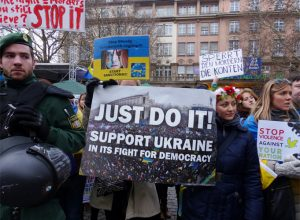 Ukrainians protesting against Viktor Yanukovych.