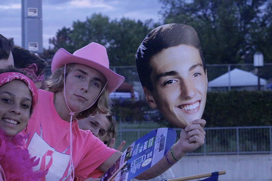 Another fan with a cutout of a players face