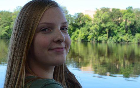 Feature Freshman 2016: Mollie Gunderson