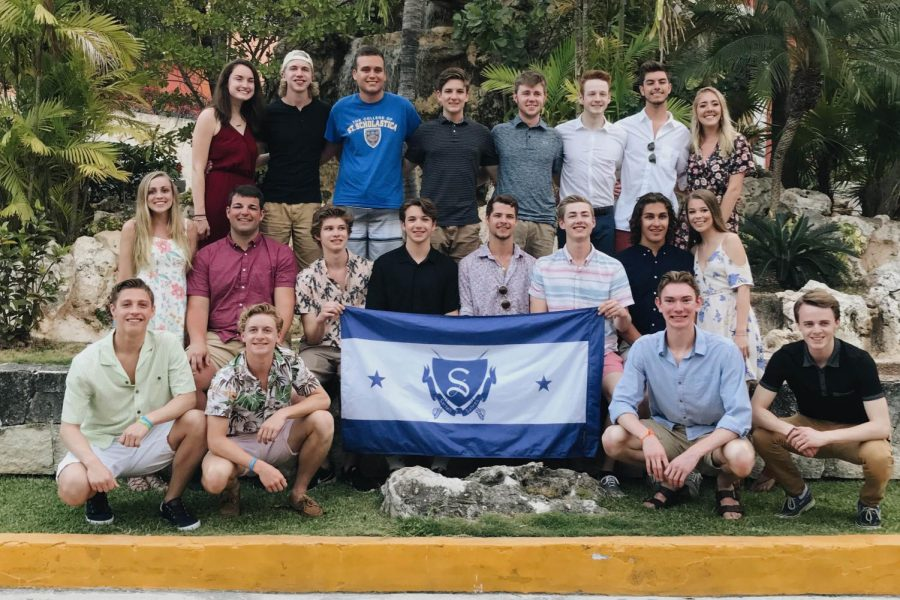 Sartell seniors went to Mexico for their senior trip over Spring Break.