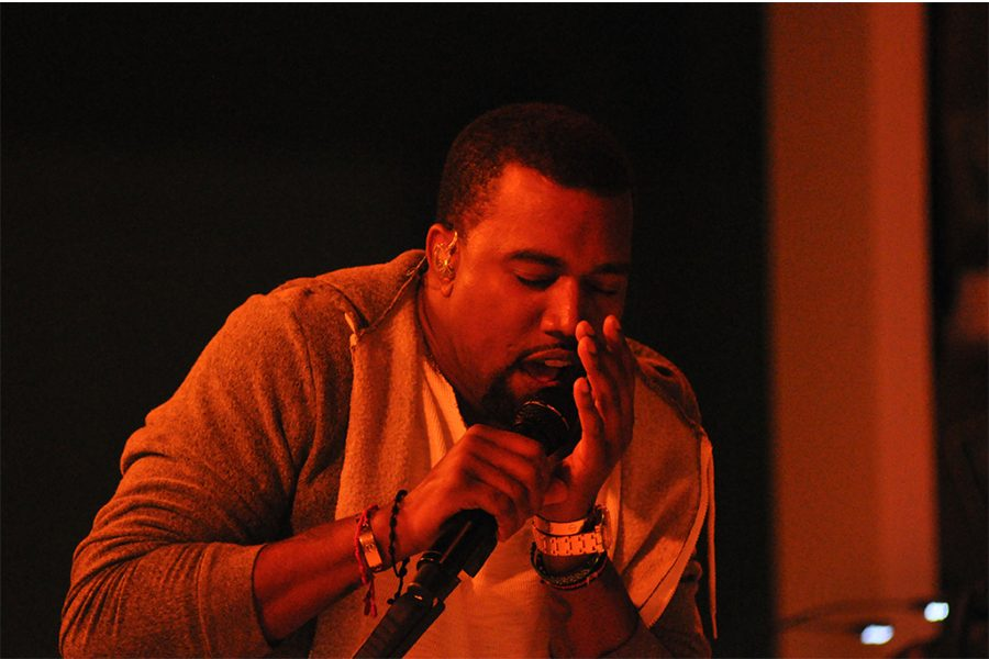 Kanye+West+faces+backlash+from+peers+and+fans.+