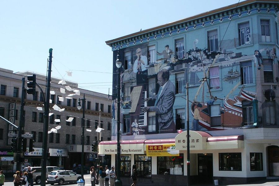 Little+Italy+has+an+inviting+and+rich+culture+backed+by+generationally+perfected+cuisine.+