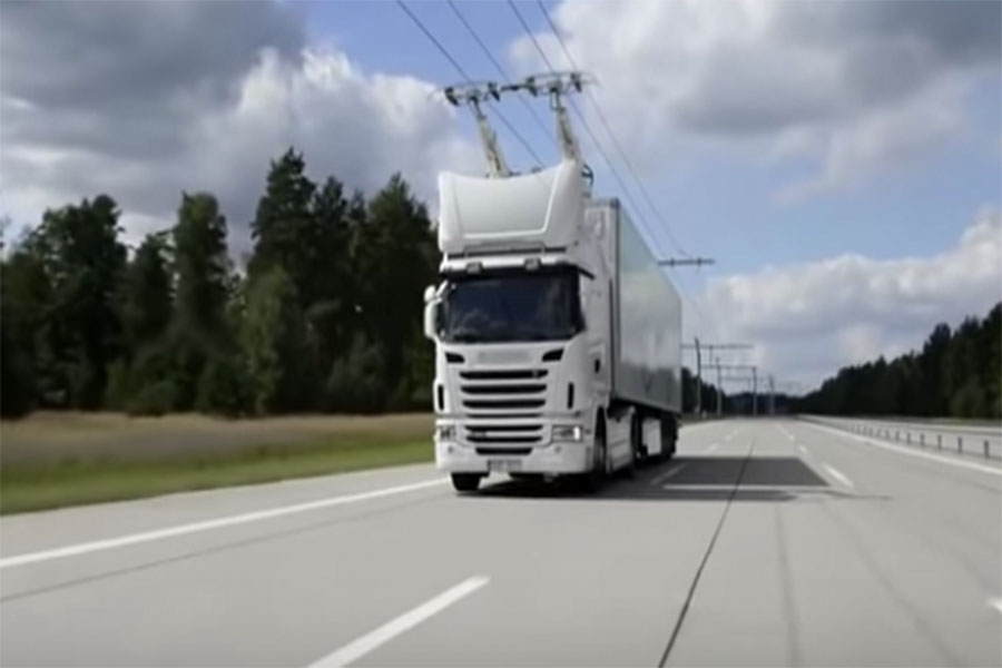German electric truck using new electric highway designed by Siemens.