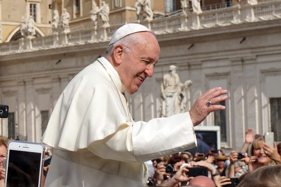 Pope+Francis+establishes+new+global+rules+for+the+Catholic+Church