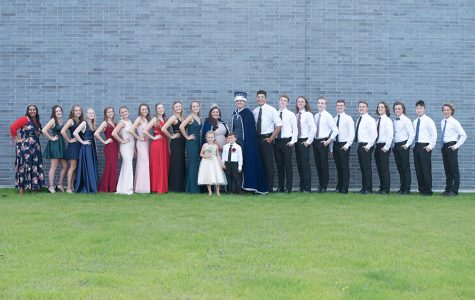 SHS royalty lines up outside of the building, looking sharp SHS!