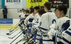 Sartell Hockey breaks even over break vs University School of Milwaukee