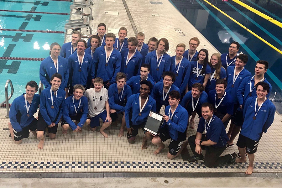 Triumphant boys' swim & dive team rolls into Sections