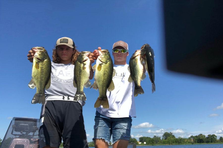 Largemouth+Bass+caught+by+Nick+Greer+and+Peyton+Henkensiefken