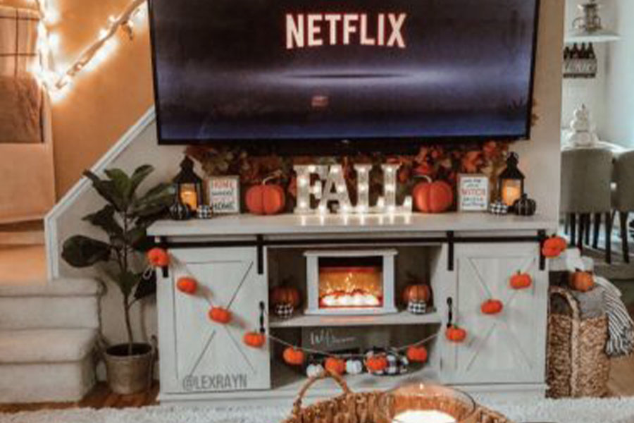 An inspiring night to binge-watch Halloween movies, to get you in the mood for spooky season!