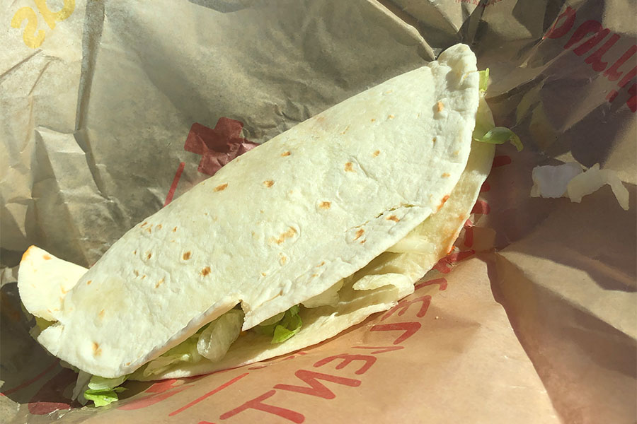 A+simple+soft+shell+beef+taco+from+Taco+Johns.+