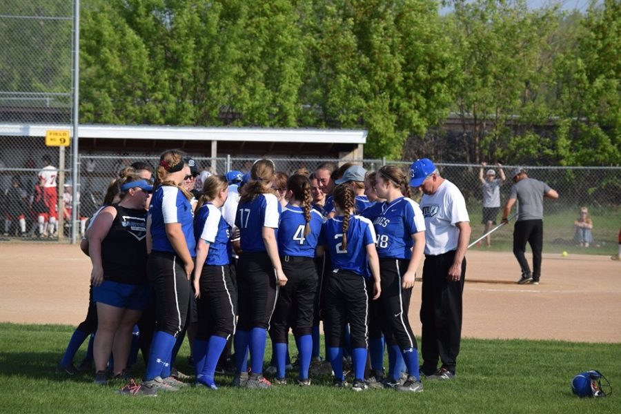 The Sartell Sabre Softball team is graduating 8 seniors this year, and 6 of them are going on to play college softball.