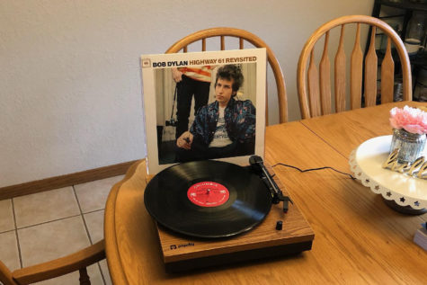 This Dylan album will not disappoint anyone, even if you aren