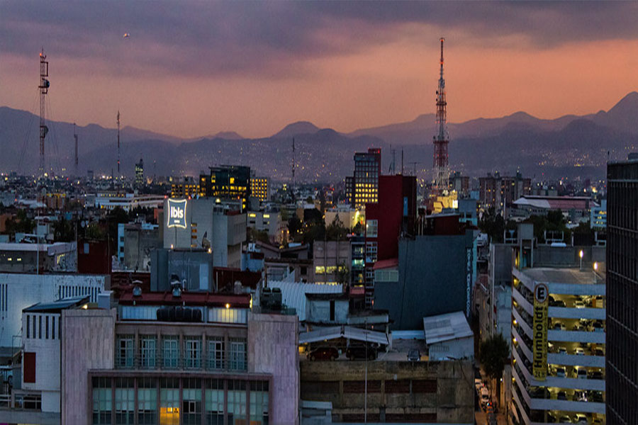 Mexico+City+pictured+at+sunset.